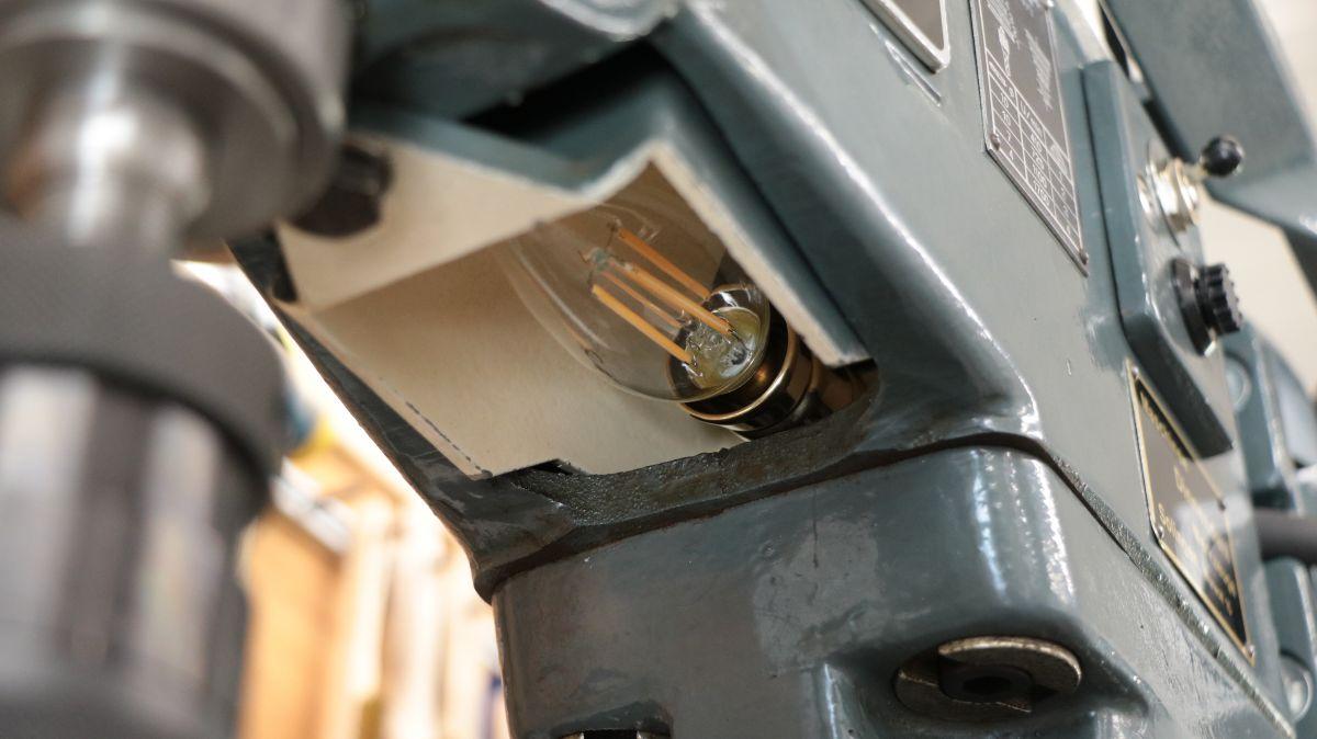 flott-tb10-reparatur-beleuchtung-montiert-20992805.jpeg