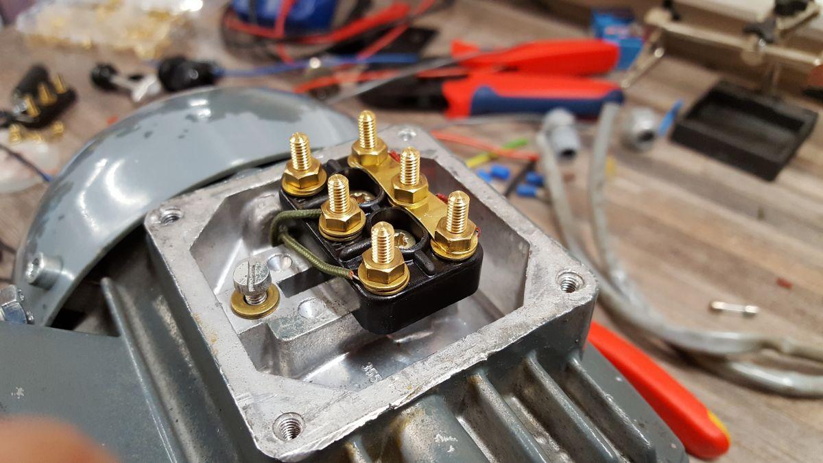 flott-tb10-reparatur-motor-klemmbrett-a7eb9cdb.jpeg