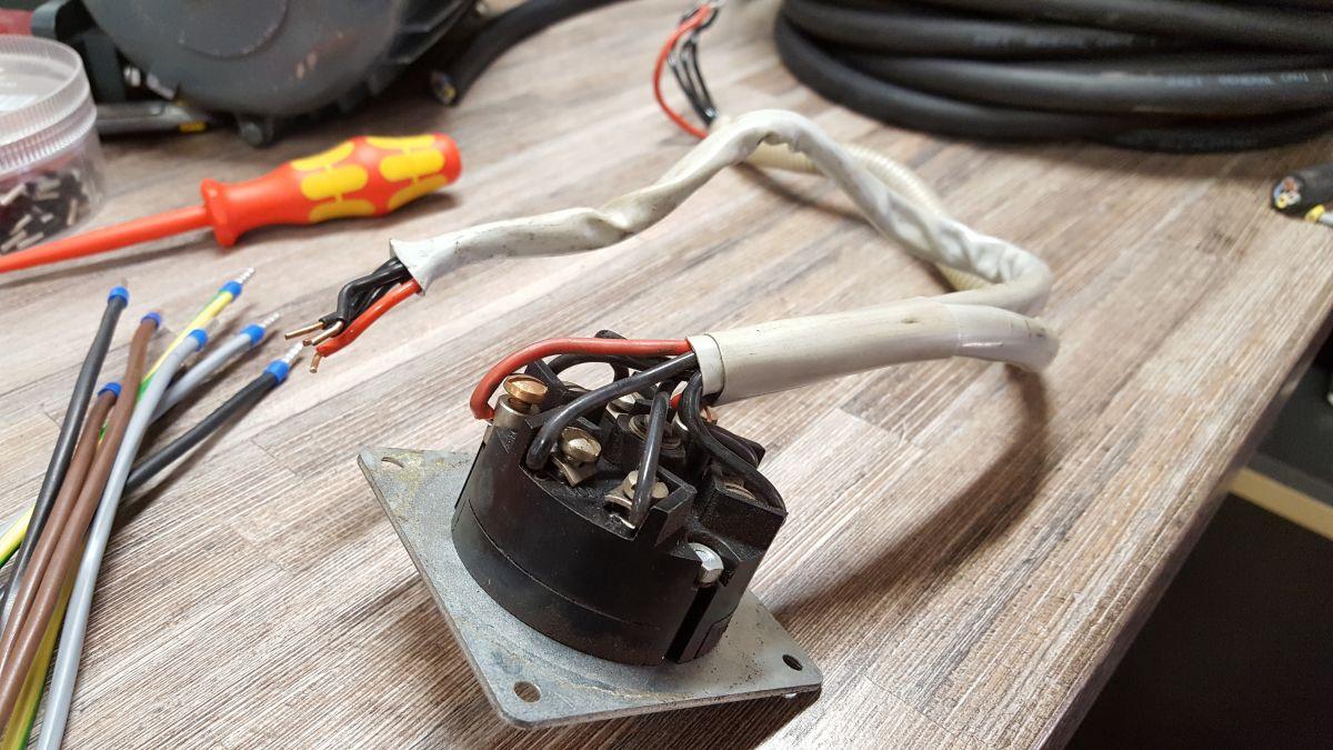 flott-tb10-reparatur-motor-schalter-alt-2945947d.jpeg