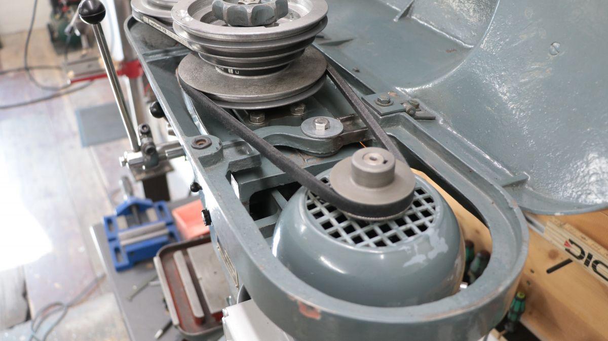 flott-tb10-reparatur-neue-keilriemen-f6ffb9a0.jpeg