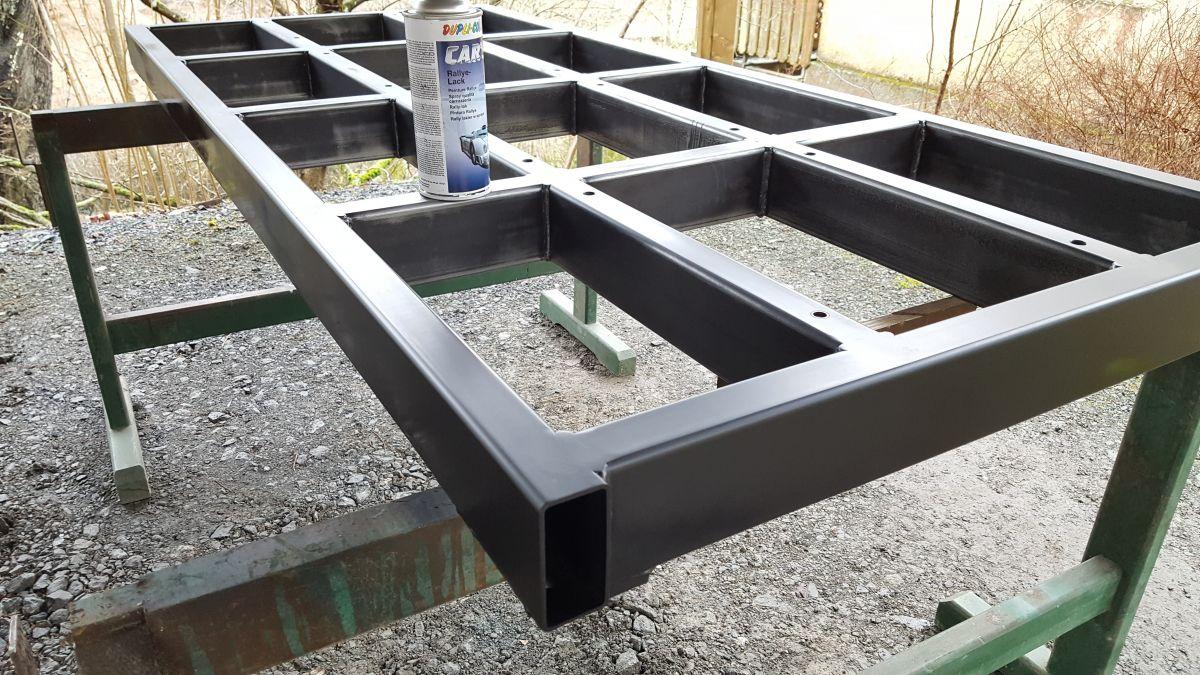 mobiles-materiallager-fuer-holz-metall-werkstatt-lackierung-draussen-3eb320d7.jpeg