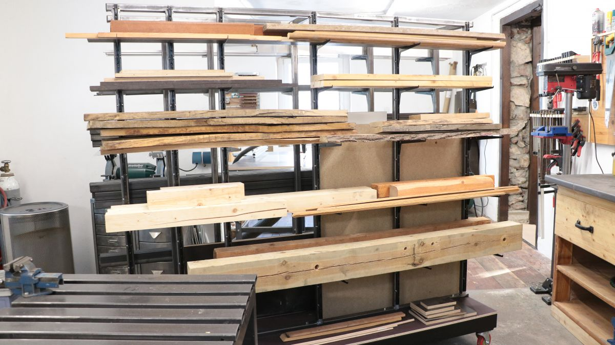 mobiles-materiallager-fuer-holz-metall-werkstatt-materiallager-holz-metall-796c970d.jpeg