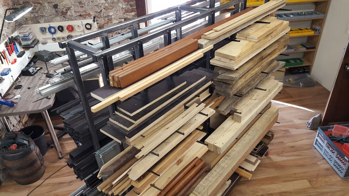 mobiles-materiallager-fuer-holz-metall-werkstatt-materiallager-holz-metall-a6be038a.jpeg