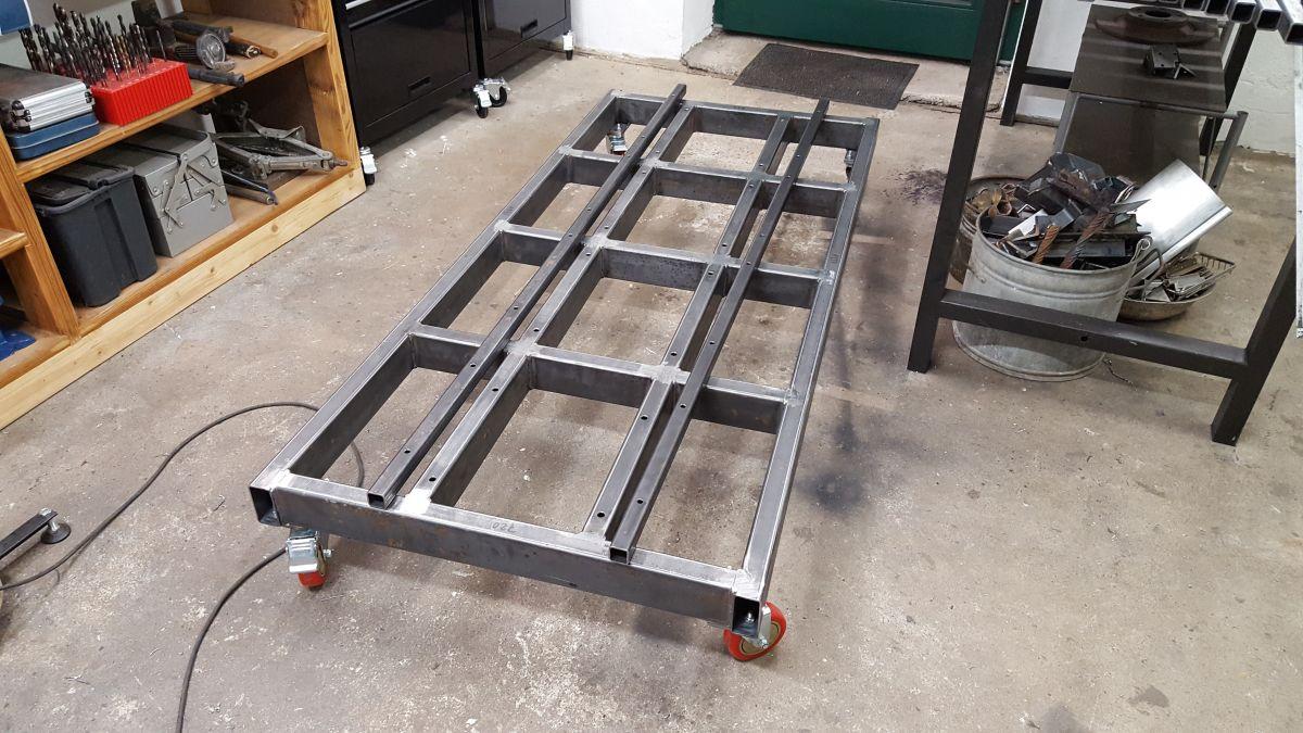 mobiles-materiallager-fuer-holz-metall-werkstatt-zarge-und-traversen-f07f38f0.jpeg