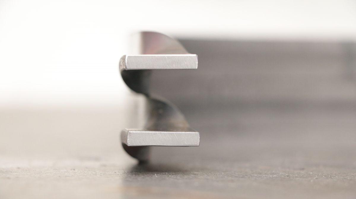 polierstation-mit-sockel-und-spritzschutz-aus-edelstahl-flachstahl-gekroepft-973a75fc.jpeg