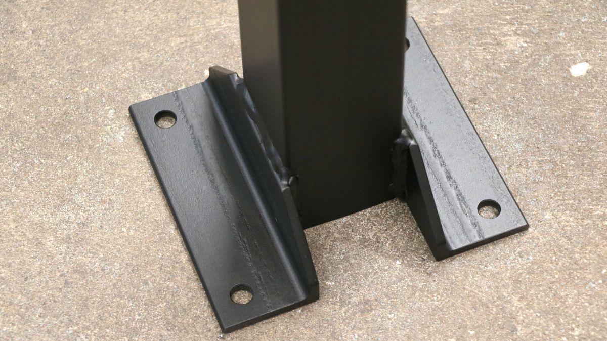 polierstation-mit-sockel-und-spritzschutz-aus-edelstahl-sockel-anker-c5b3c407.jpeg