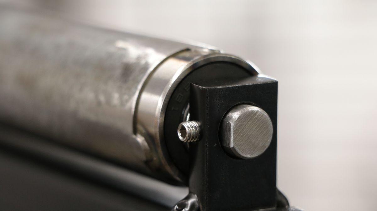 rollenbock-fuer-metallbandsaege-selbstbauen-rollenbock-kugellager-fd5c6653.jpeg