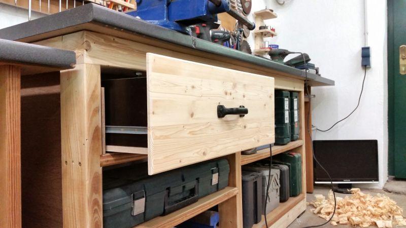 Bild 42-werkzeug-schublade-selbstgebaut-aus-restholz.jpeg